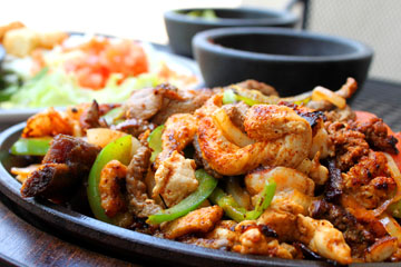 A Neighborhood Staple &#8211; Juans Flaming Fajitas &amp; Cantina